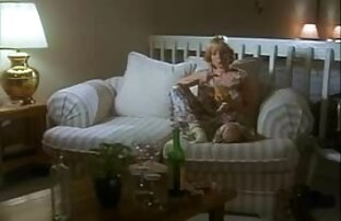 Electra Rayne artis bokep gay Master menonton BDSM, penghinaan, penyiksaan.